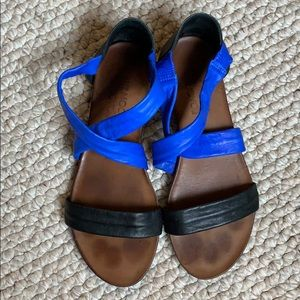 Mix Mooz black & cobalt blue sandals (Sz 10 / 42)
